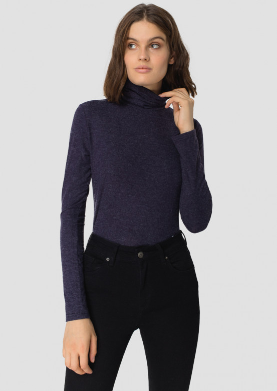 Dark blue knitted turtleneck