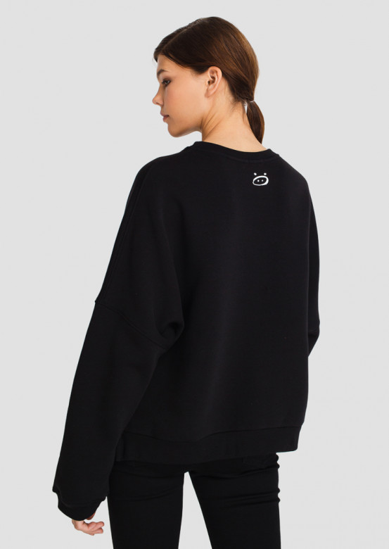 Black women sweatshirt with cuts