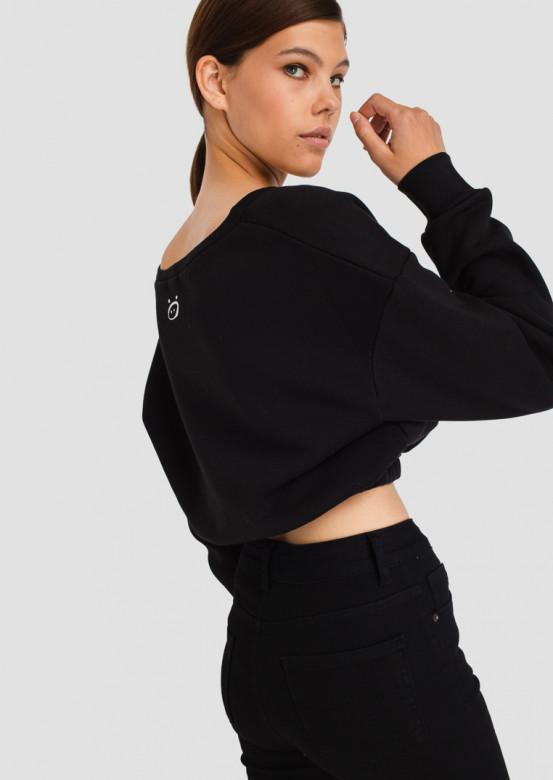 Black V-neck footer sweatshirt-crop