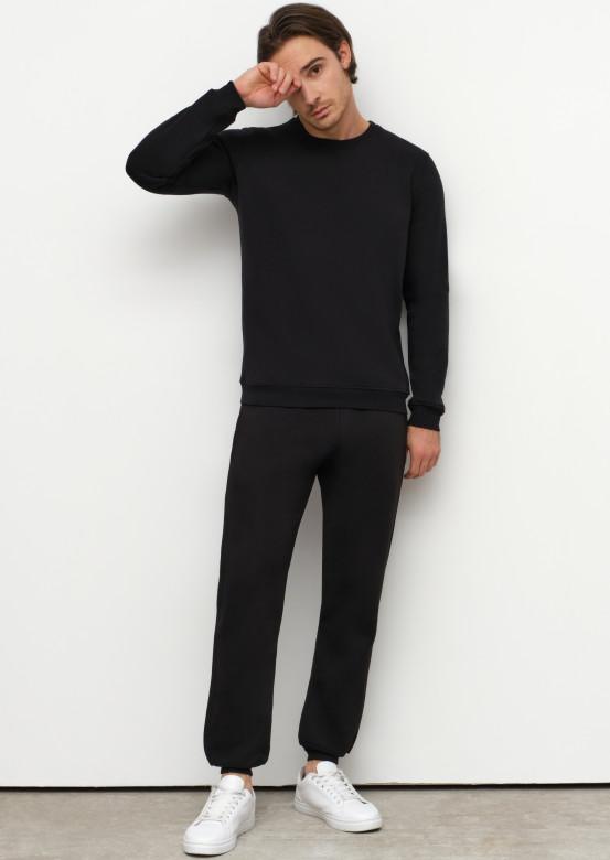 Men black basic footer trousers