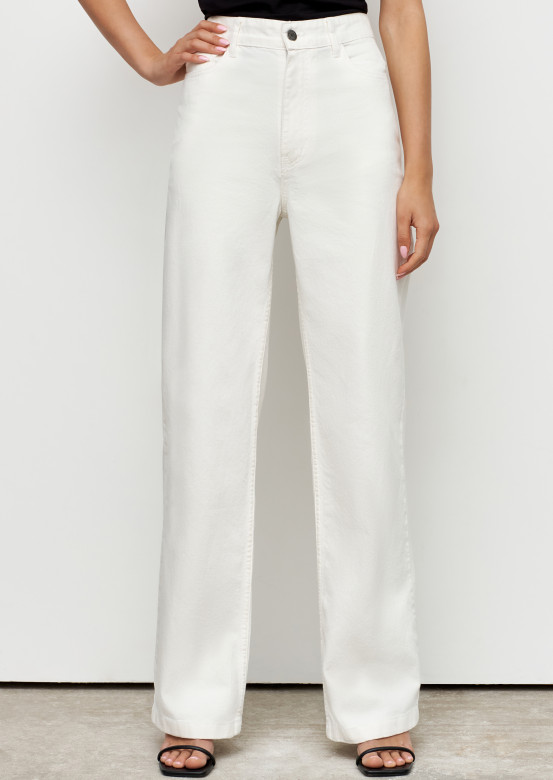 Milky colour high-waisted wide jeans