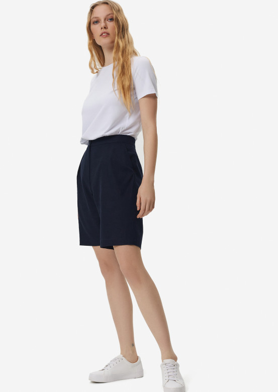 Dark blue linen shorts