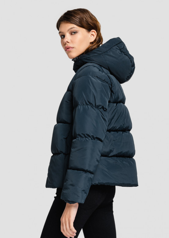 Navy short puffer coat with a hood