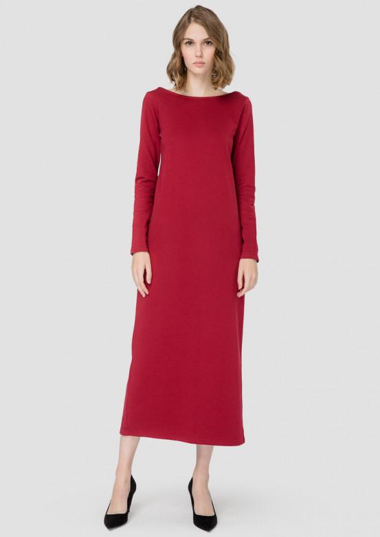 Bordeaux long dress with an open back